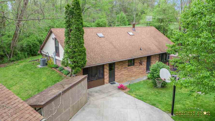 14837 County Road 108 Middlebury IN 46540 | MLS 202020806 | photo 1