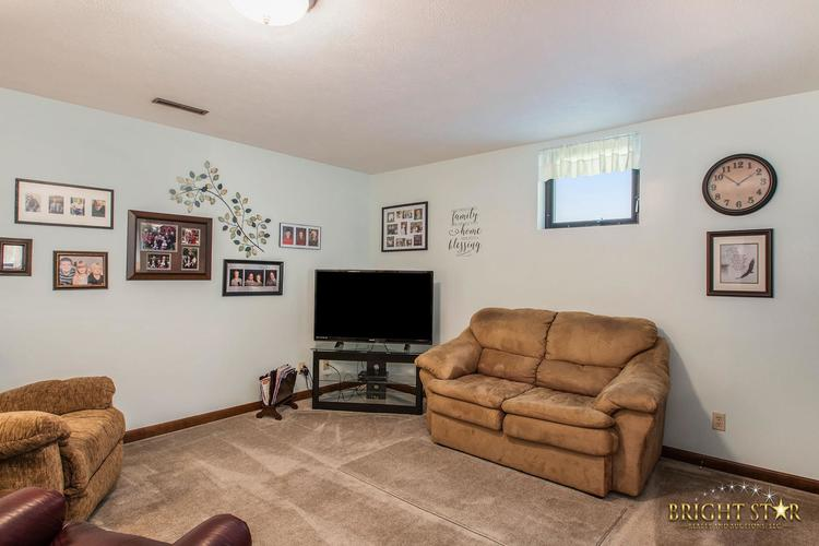 14837 County Road 108 Middlebury IN 46540 | MLS 202020806 | photo 16