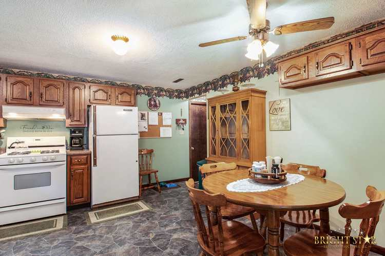 14837 County Road 108 Middlebury IN 46540 | MLS 202020806 | photo 19