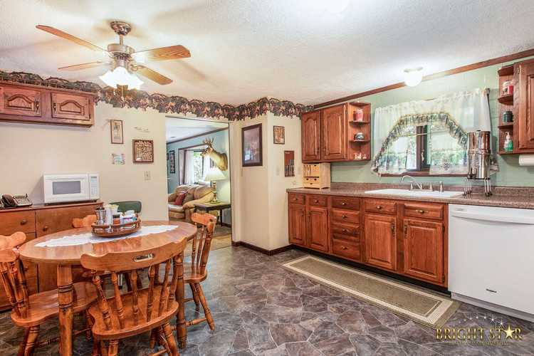 14837 County Road 108 Middlebury IN 46540 | MLS 202020806 | photo 21