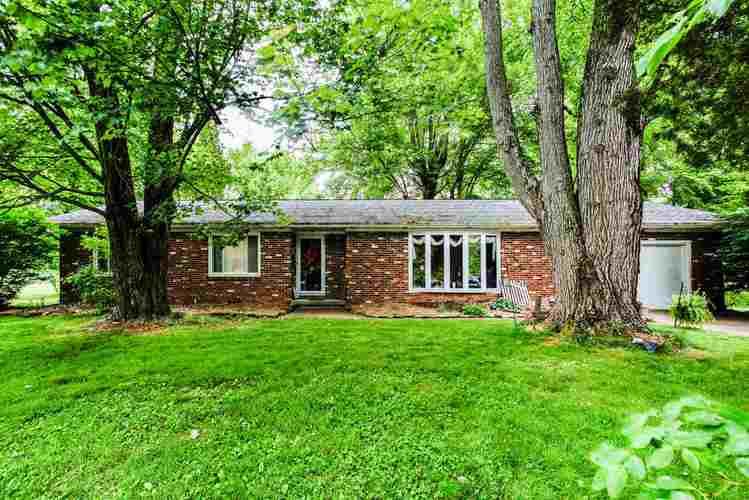 158 W Silver Bell Court Santa Claus, IN 47579   MLS 202020938