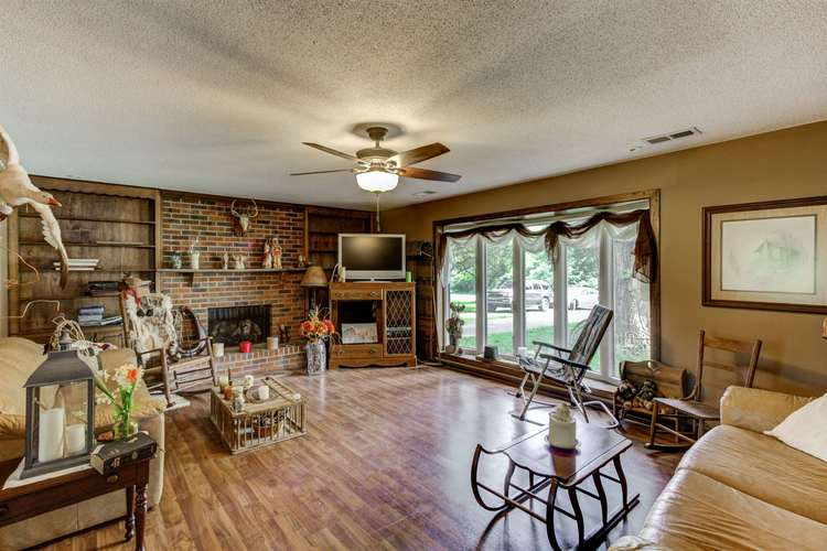 158 W Silver Bell Court Santa Claus IN 47579 | MLS 202020938 | photo 6