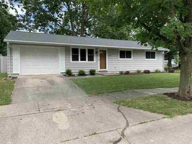 5910 Shell Drive Fort Wayne IN 46835 | MLS 202021386 | photo 1