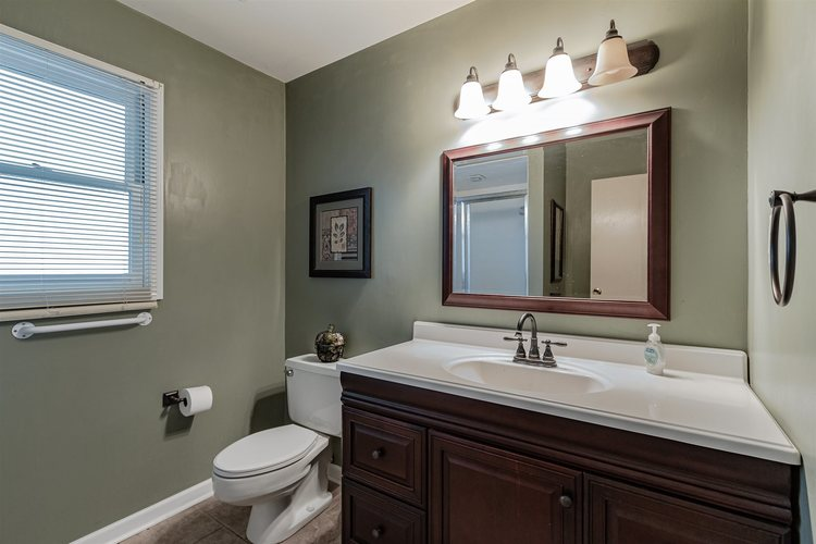 53123 Saint Abbs Court South Bend IN 46635-1453 | MLS 202021427 | photo 28