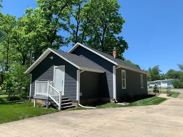 17060 S State Road 23 South Bend IN 46635 | MLS 202021482 | photo 5