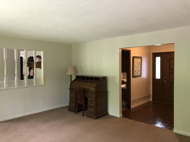 3165 W Delaware Road Logansport IN 46947 | MLS 202021505 | photo 11