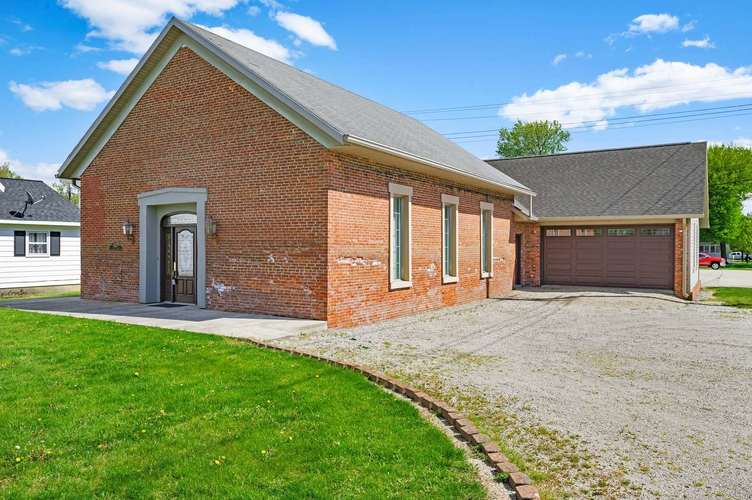 437 W State Street Albany IN 47320   MLS 202021593   photo 1