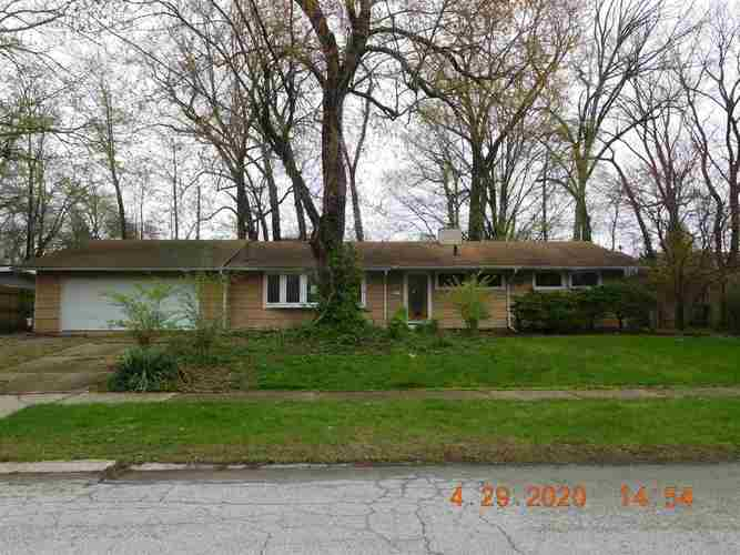 3206 Hilltop Drive South Bend IN 46614 | MLS 202021841 | photo 1