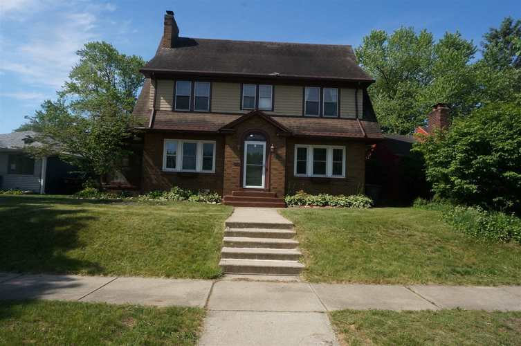 510 Marquette Avenue South Bend IN 46617-1041 | MLS 202022126 | photo 2