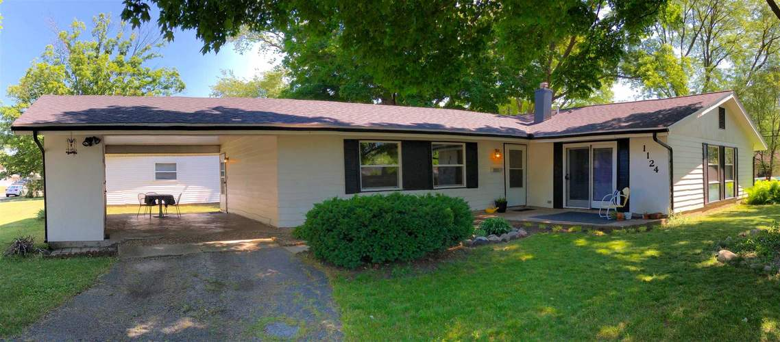 1124 Ebeling Drive South Bend IN 46615-3706 | MLS 202022283 | photo 1