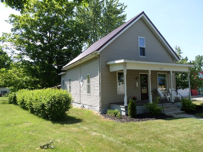 1520  Main Street Rochester, IN 46975 | MLS 202022439