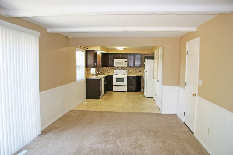 1814 Lima Valley Drive Fort Wayne IN 46845 | MLS 202022735 | photo 12