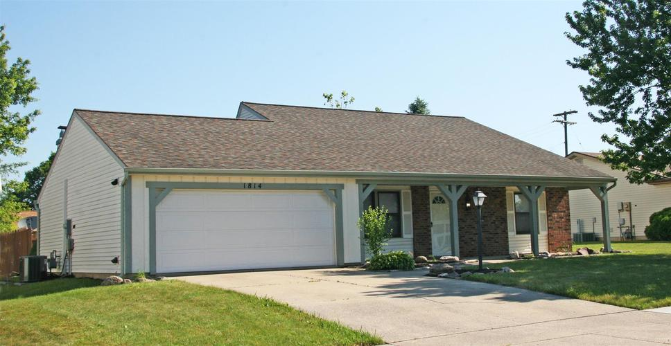 1814 Lima Valley Drive Fort Wayne IN 46845 | MLS 202022735 | photo 2