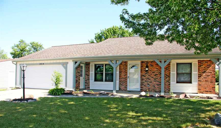 1814 Lima Valley Drive Fort Wayne IN 46845 | MLS 202022735 | photo 3
