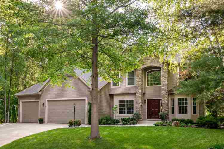 22163 White Spruce Court South Bend IN 46628-8149 | MLS 202022737 | photo 1