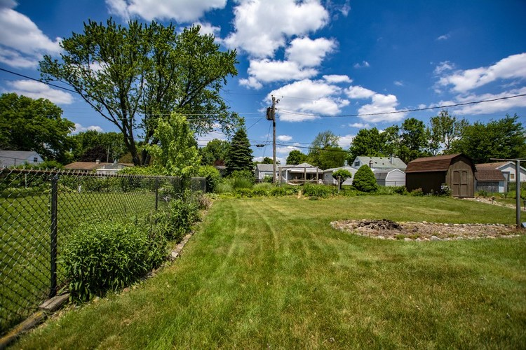 1303 Catherwood Drive South Bend IN 46614-2753 | MLS 202022963 | photo 18