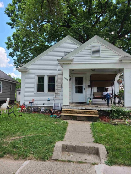 3415 Holton Avenue Fort Wayne IN 46806   MLS 202023241   photo 1