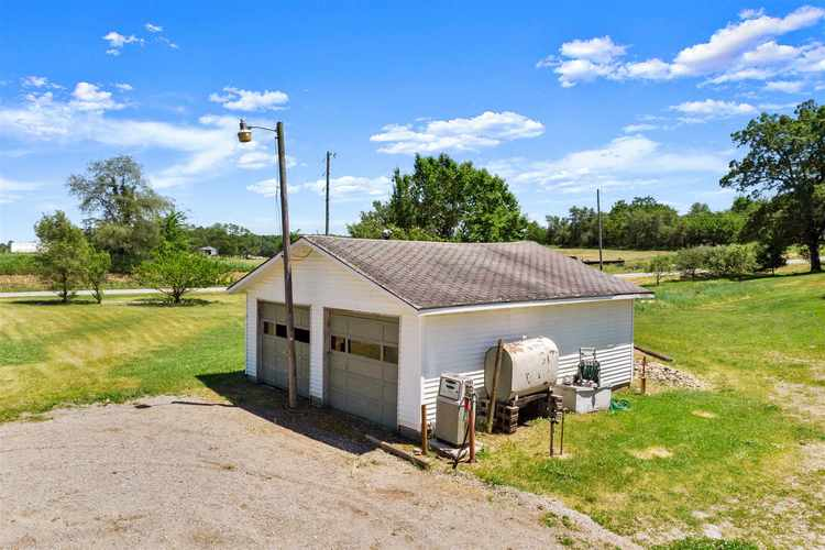1006 S 900 W Road Kimmell IN 46760 | MLS 202023261 | photo 11