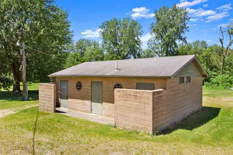 1006 S 900 W Road Kimmell IN 46760 | MLS 202023261 | photo 4