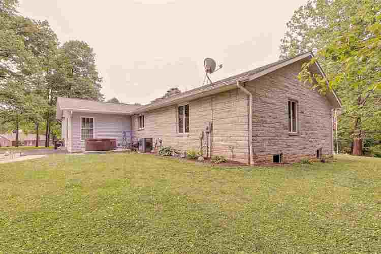 1915 E Rayletown Road Bloomington IN 47401 | MLS 202023670 | photo 24
