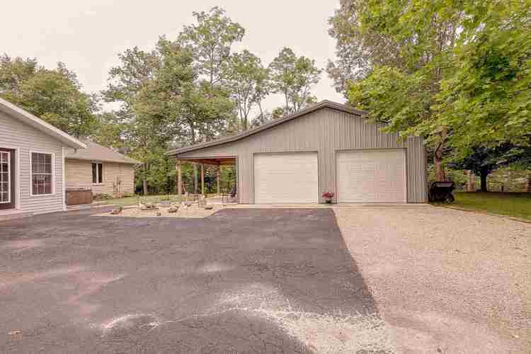 1915 E Rayletown Road Bloomington IN 47401 | MLS 202023670 | photo 4