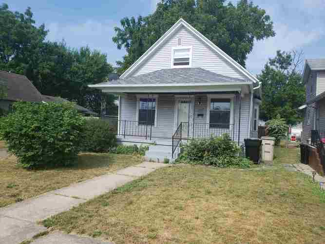 1023 S 27th Street South Bend IN 46615-1725   MLS 202023697   photo 2