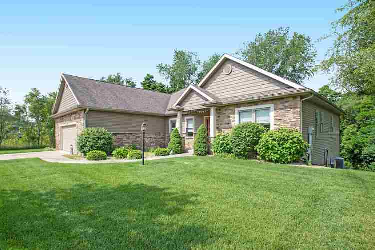 53185 Summer Breeze Drive South Bend IN 46637 | MLS 202023727 | photo 3