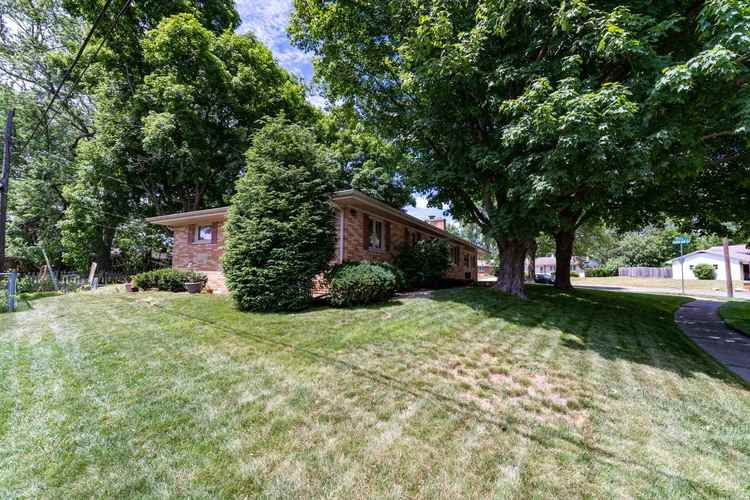 2221 Ribourde Drive South Bend IN 46628-3446 | MLS 202023963 | photo 24