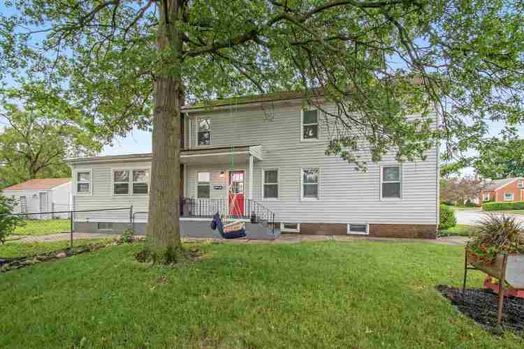 1310 S Spring Street Mishawaka IN 46544-5259 | MLS 202024343 | photo 2