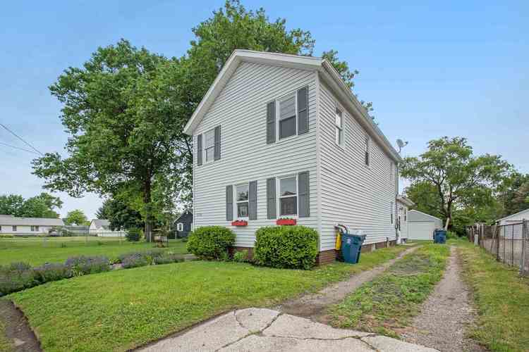 1310 S Spring Street Mishawaka IN 46544-5259 | MLS 202024343 | photo 20