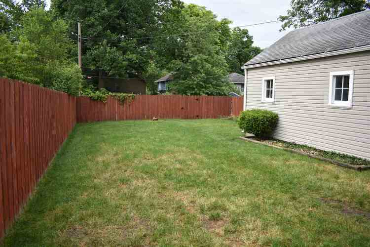 905 E Victoria Street South Bend IN 46614 | MLS 202024417 | photo 13