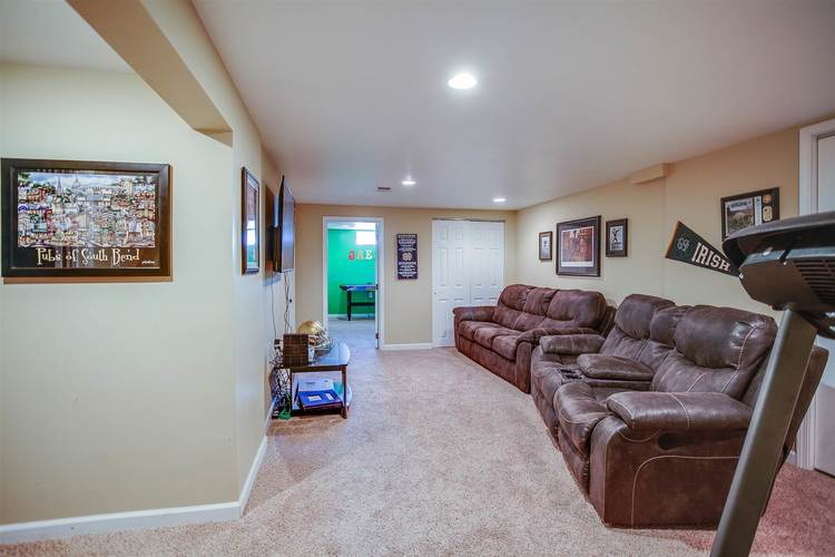 53130 Bowercrest Court South Bend IN 46635-1341 | MLS 202024534 | photo 18