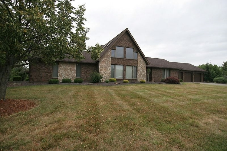 836 W 20th Street Jasper, IN 47546 | MLS 202024601