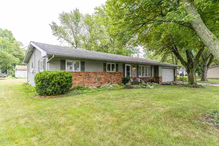 4504 Woodway Drive Fort Wayne IN 46835   MLS 202024613   photo 1