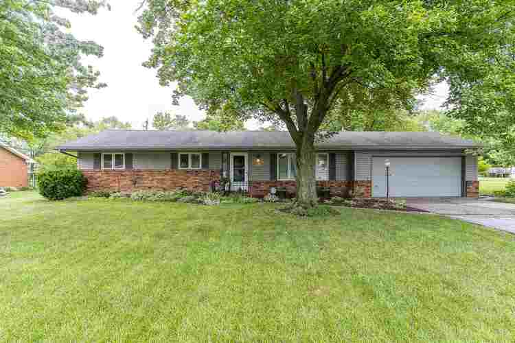 4504 Woodway Drive Fort Wayne IN 46835   MLS 202024613   photo 2