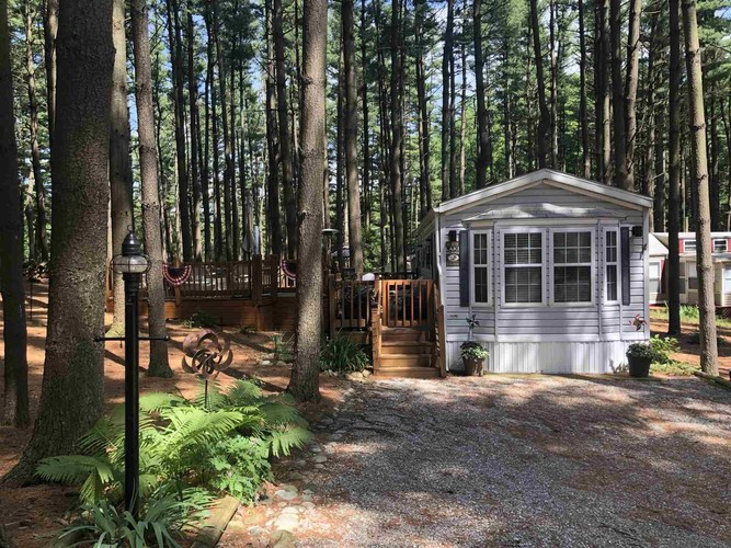 115 Woodland Pass Angola IN 46703   MLS 202024638   photo 1