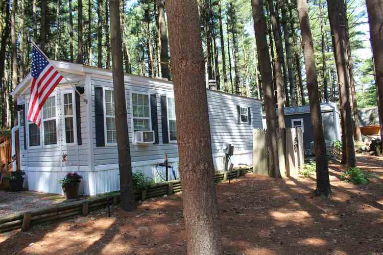 115 Woodland Pass Angola IN 46703   MLS 202024638   photo 2