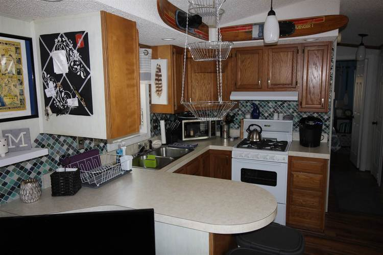 115 Woodland Pass Angola IN 46703   MLS 202024638   photo 24