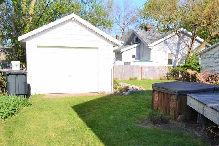 630 S 30th Street South Bend IN 46615 | MLS 202024688 | photo 16