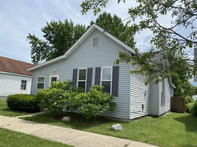 553 W Armstrong Street Frankfort IN 46041 | MLS 202024874 | photo 1