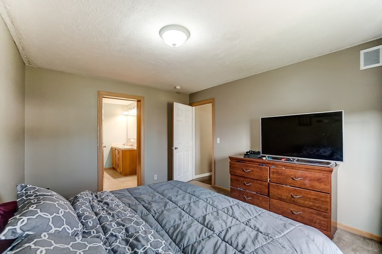104 Booth Street Wolcottville IN 46795 | MLS 202024976 | photo 16