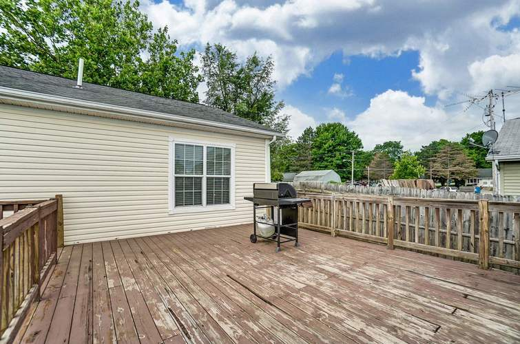 104 Booth Street Wolcottville IN 46795 | MLS 202024976 | photo 29