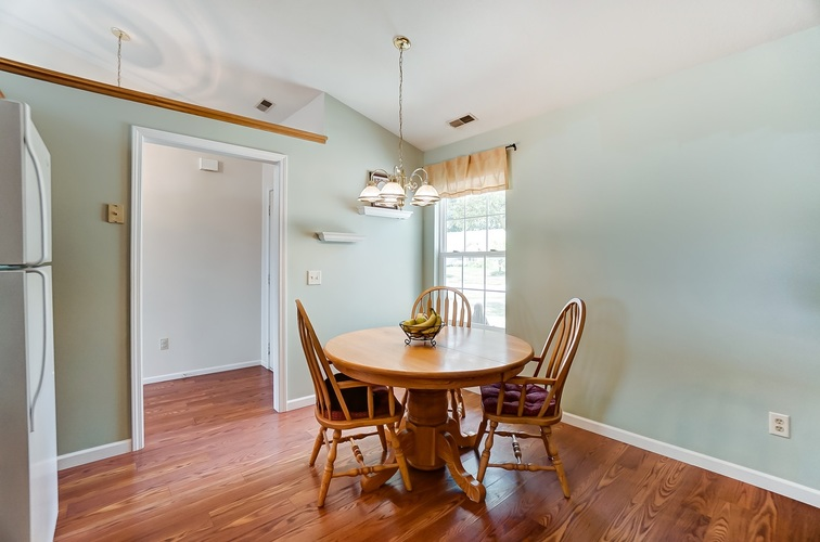 8529 Spring Forest Drive Fort Wayne IN 46804 | MLS 202025369 | photo 10