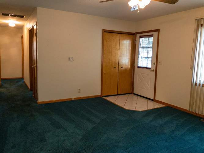 307 W Valleyview Drive Syracuse IN 46567 | MLS 202025743 | photo 10
