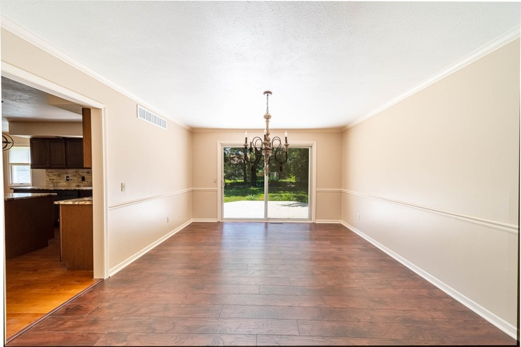 15586 Countryview Court Granger IN 46530 | MLS 202025902 | photo 10