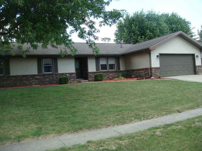 2706 WHITEHOUSE Drive Kokomo IN 46902 | MLS 202025923 | photo 1