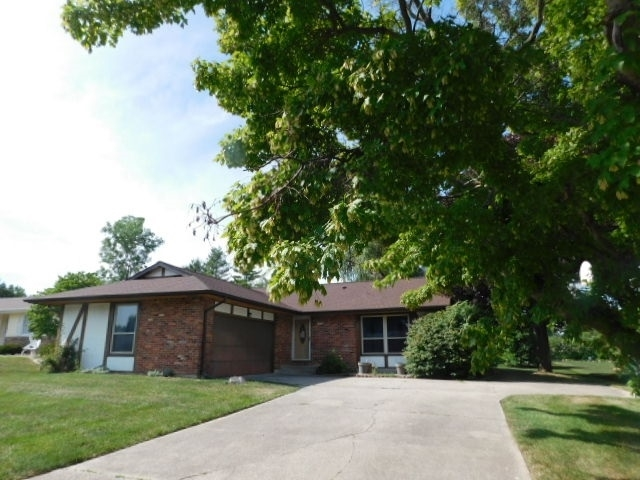 1308  Helms Drive Wabash, IN 46992 | MLS 202026343