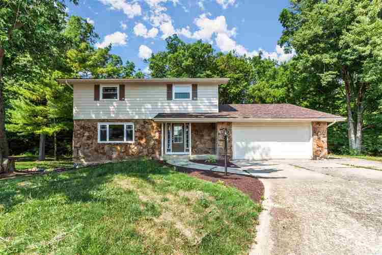 9330  Thunder Hill Place Fort Wayne, IN 46804-4826 | MLS 202026405