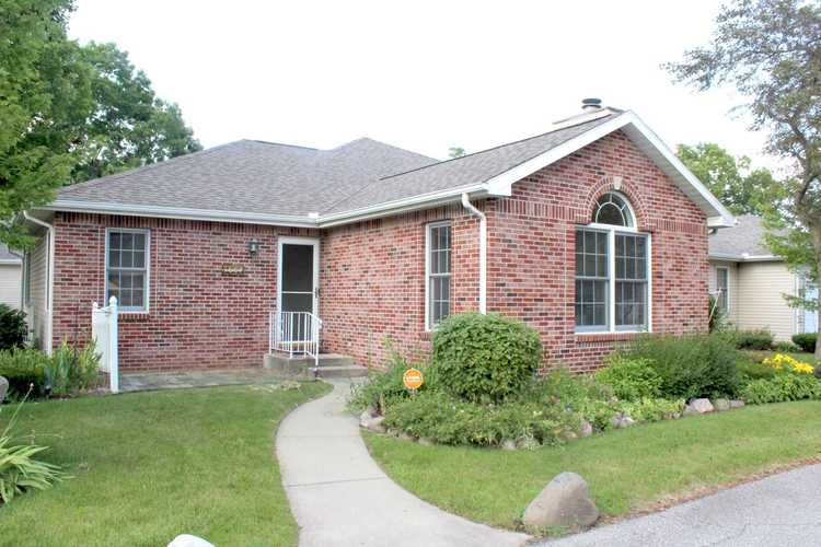 1607 Sawgrass Way South Bend IN 46628-8106   MLS 202026483   photo 1