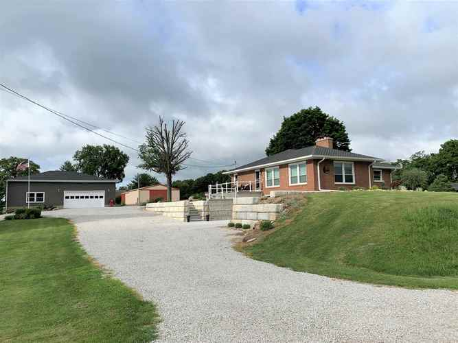 3829 E State Road 32 Road Crawfordsville, IN 47933 | MLS 202026491